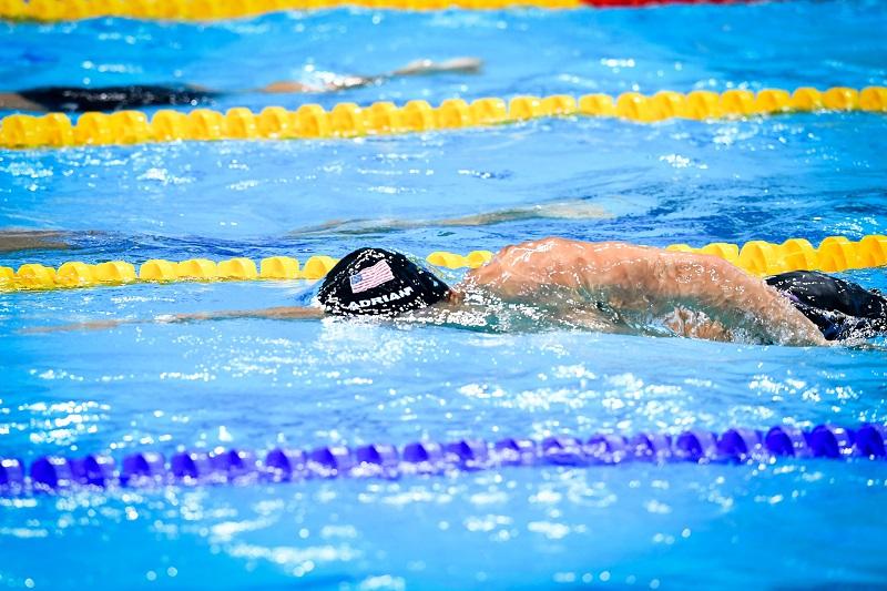 Benefici di uscire con un nuotatore