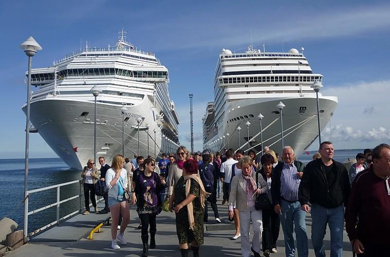 cruiseshipembed