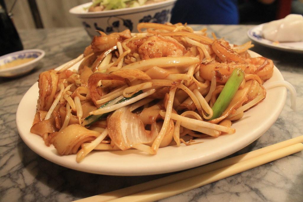 Fideos con gambas y verduras en Sam Wo