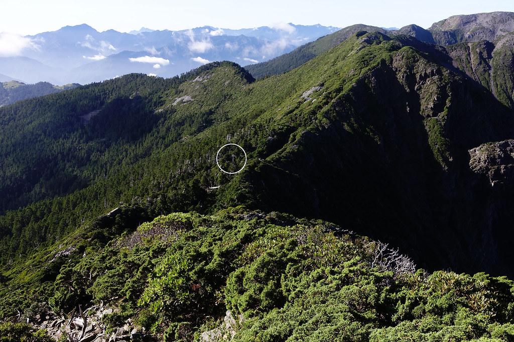 百岳@雪北下翠池D4   有看到山屋約略位置嗎?   Jasper Lee   Flickr