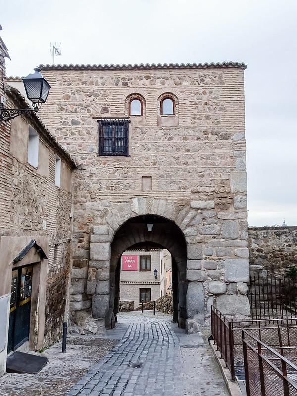 Puerta Valmardon de Toledo 01