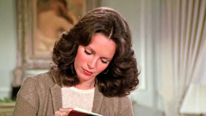 Jaclyn Smith (90)