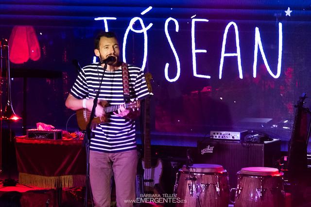Josean Log y Mon Laferte - Mon Live (3)-1