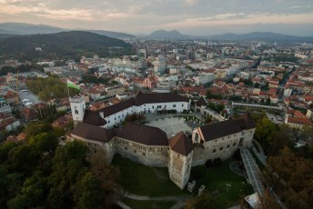 Weer terug uit Marburg stuurde ik in Ljubljana mijn drone nog even de lucht in.