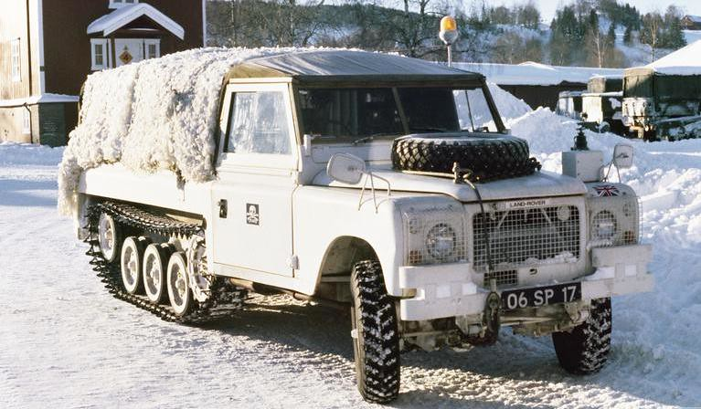 Land Rover Halftrack