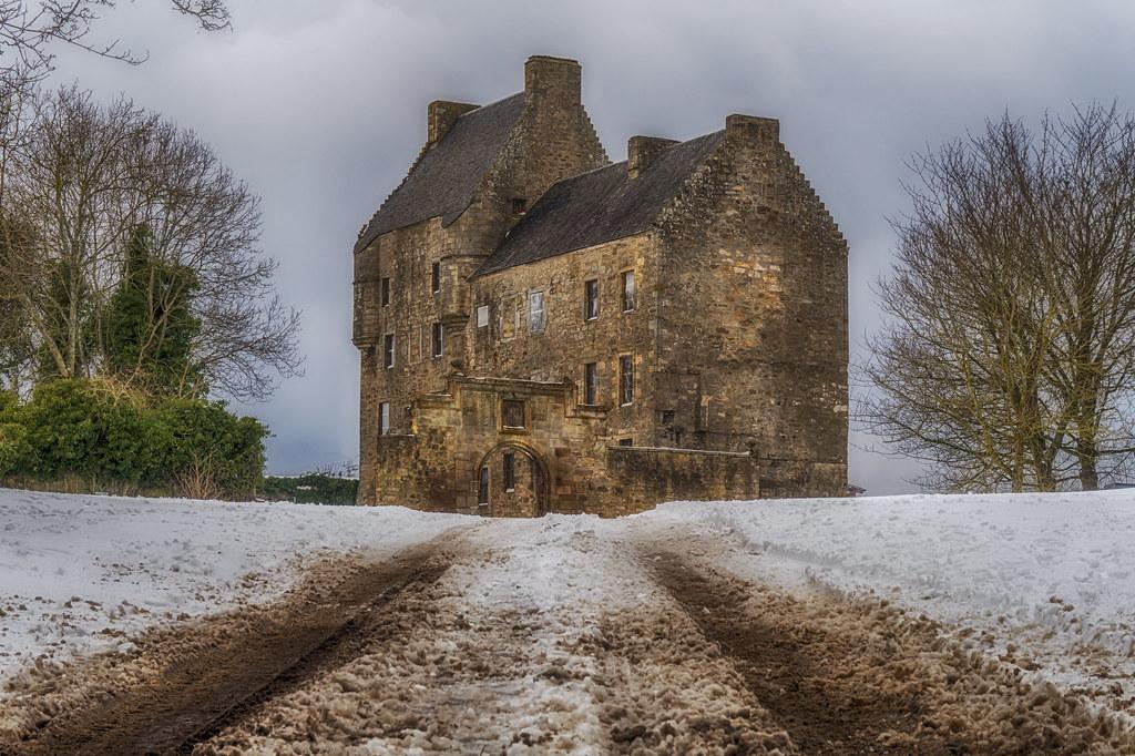 Midhope Castle (aka Lallybroch), West Lothian
