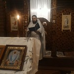 2018 01 07 The priest reads the message of the Metropolitan at the Liturgy