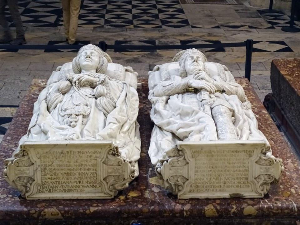 Catedral de Burgos Capilla de los Condestables Sepulcros  Sepulcros de don Pedro Fernandez de Velasco y doña Mencia de Mendoza y Figueroa