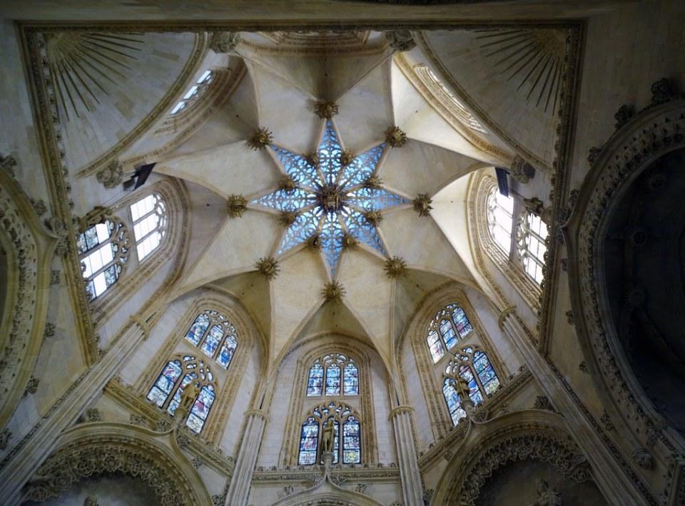 Catedral de Burgos Capilla de los Condestables boveda estrellada octogonal y calada Capilla del Condestable 01