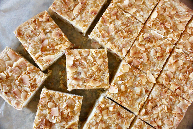 Dulcey Coconut Shortbread Bars - 10
