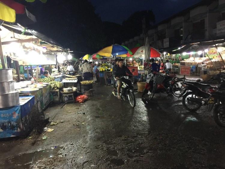 Pyay Street Market