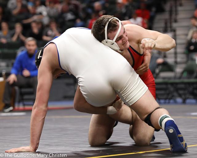1st Place Match - Bobby Striggow (Orono) 47-0 won by decision over Saylor Schmit (Foley) 26-2 (Dec 9-2). 180303CMC7301