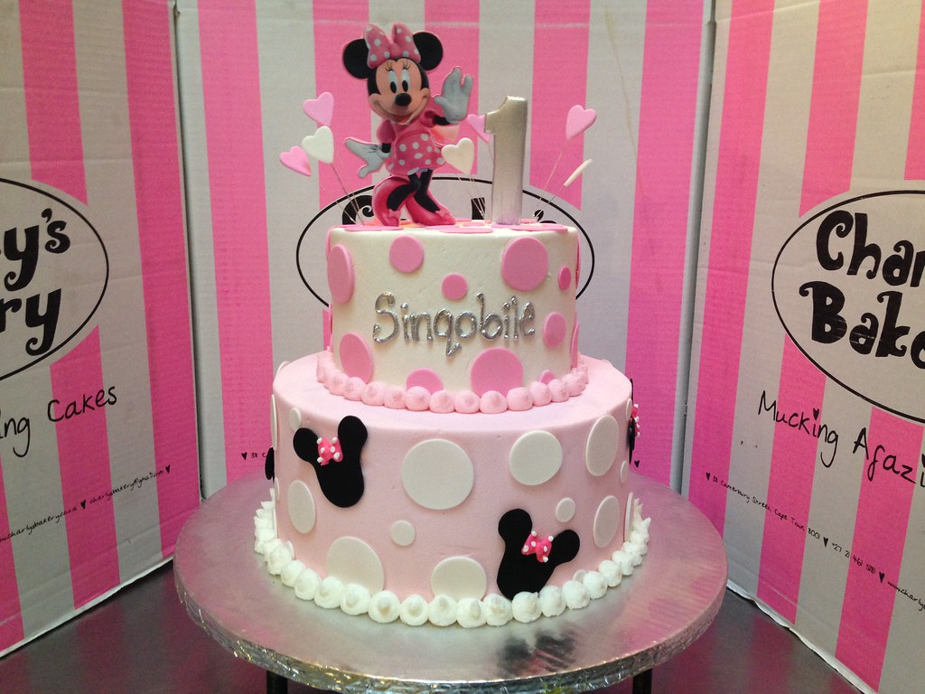 2 Tier Minnie Mouse Themed 1st Birthday Cake With 2d Edibl Flickr