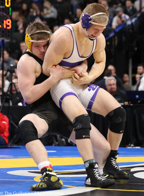 3rd Place Match - Zach Peterson (Perham) 46-3 won by fall over Gabe Zierden (Albany) 39-2 (Fall 2:33). 180303BMC6015