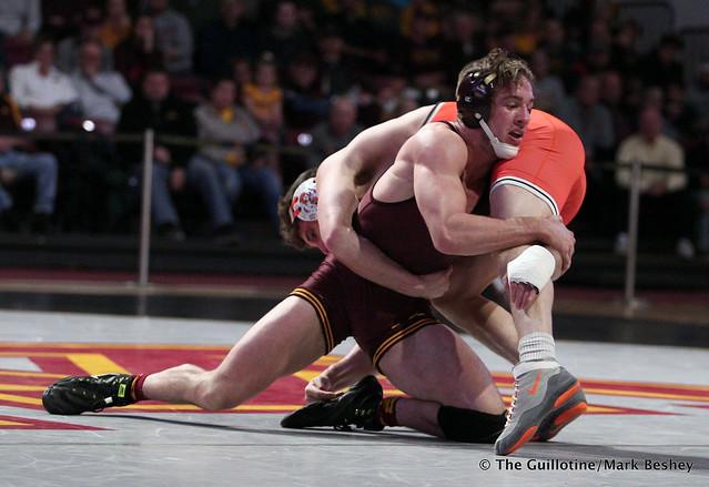 157: #11 Steve Bleise (Minnesota) dec. #17 Andrew Shomers (Oklahoma State) 8-5. 181118AMK0118