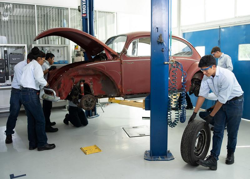 47791f8b-1966-vw-beetle-restoration-05