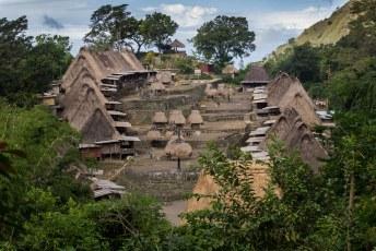 naar een ouderwets dorp, Beno
