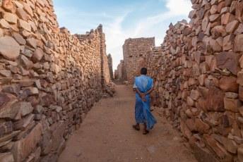 Één van de dorpelingen gidste me door de ruïnes van deze eeuwenoude stad.