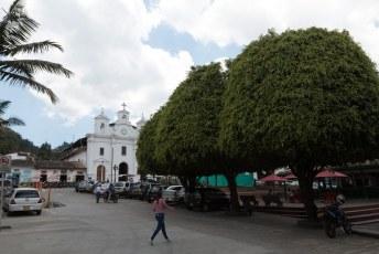 Dit is het centrum van El Retiro, een ander dorpje in de buurt van Medellin.