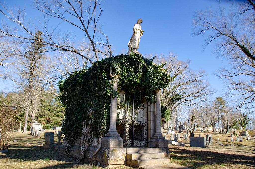 McElveen Family Mausoleum-006