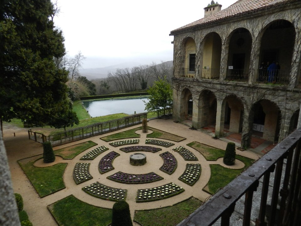 Jardin Palacio Carlos V Monasterio San Jeronimo de Yuste Cuacos de Yuste Caceres 01