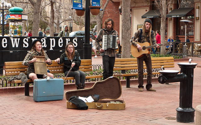 Southern Hippies Busking