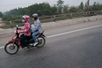 Zwei am Scooter 2