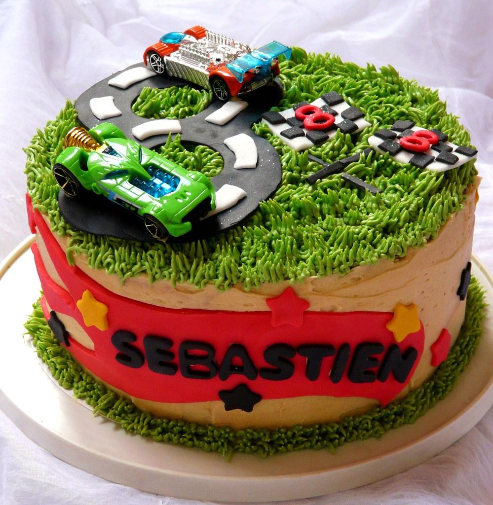 Hot Wheels Birthday Cake My Boy Turns 8 Today Caramel Dol Flickr