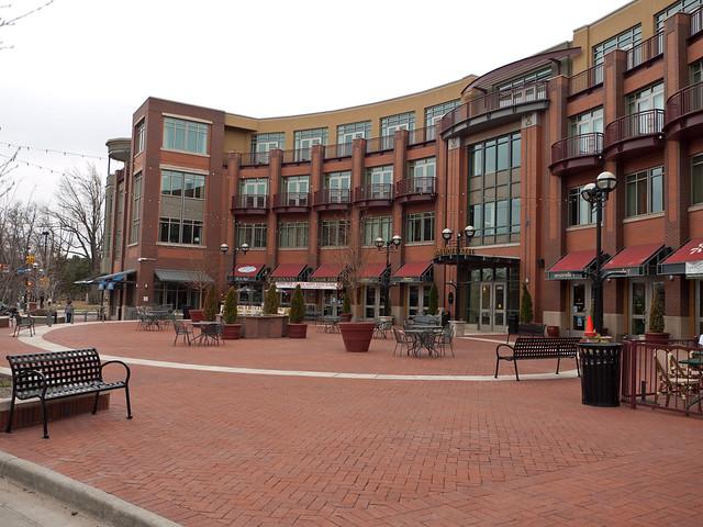 Deserted 13th St. Plaza