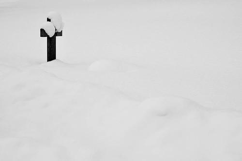 Snow grave