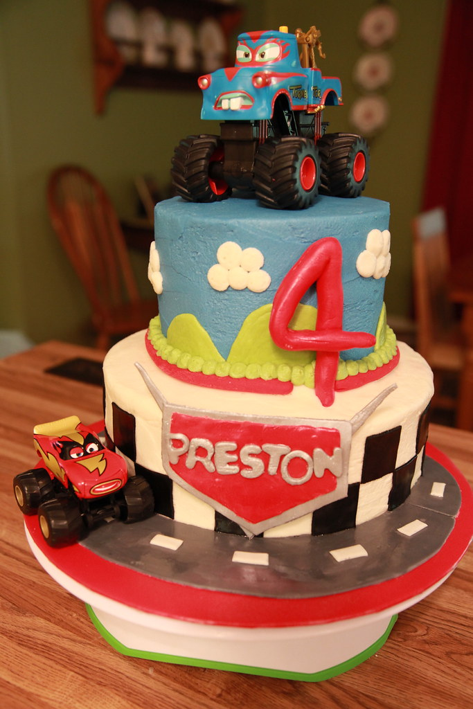 Cars Birthday Cake Cars Cake For A 4 Year Old Boy S Birthd Flickr