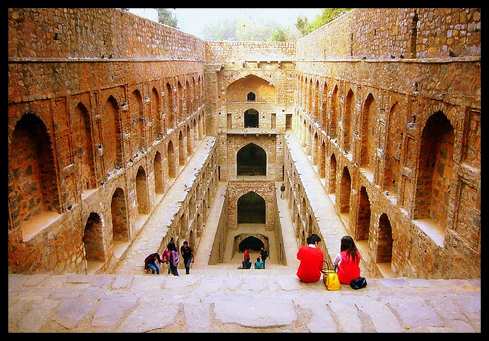 Agrasen Ki Baoli - (downward view)