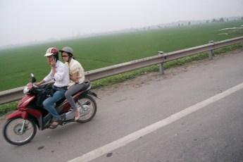 Zwei am Scooter 1