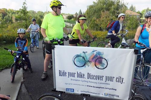 2016 12 Community bike Ride 36_500