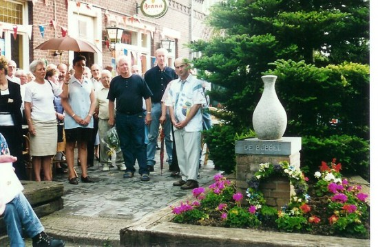 Monument onthulling