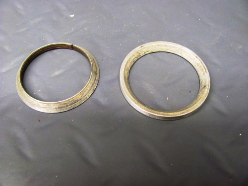 Exhaust Header Sealing Rings, Beveled Sides: (L) Small, (R) Large