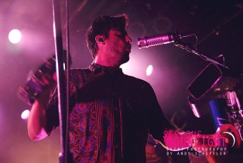 Young The Giant - Commodore - Oct 26 (20)