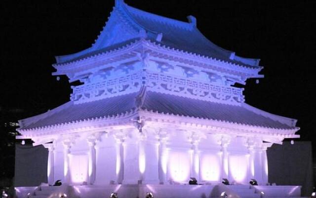 Al Sapporo Snow Festival l'arte diventa ghiaccio