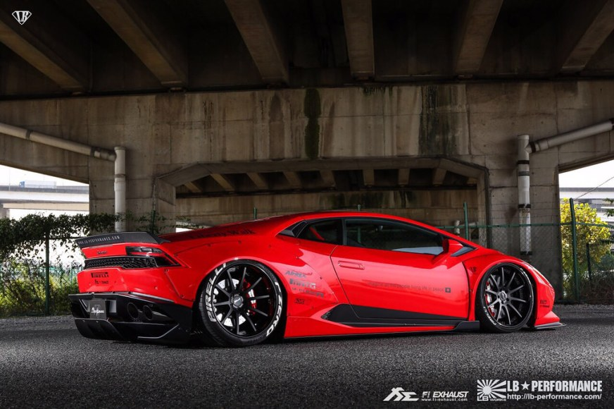 Liberty Walk Lamborghini Huracan LP610 with Fi Exhaust ...
