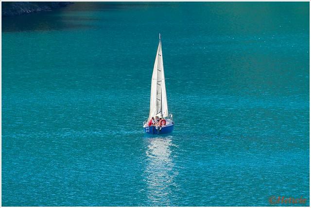 Sailing (7D030574)