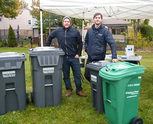 2015 16 Manitou Community Picnic Region of Peel booth waste carts_300