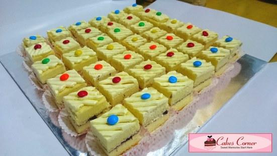 Blueberry Vanilla Sponge Slice Cake