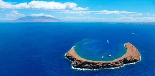 Molokini-Blue-Maui