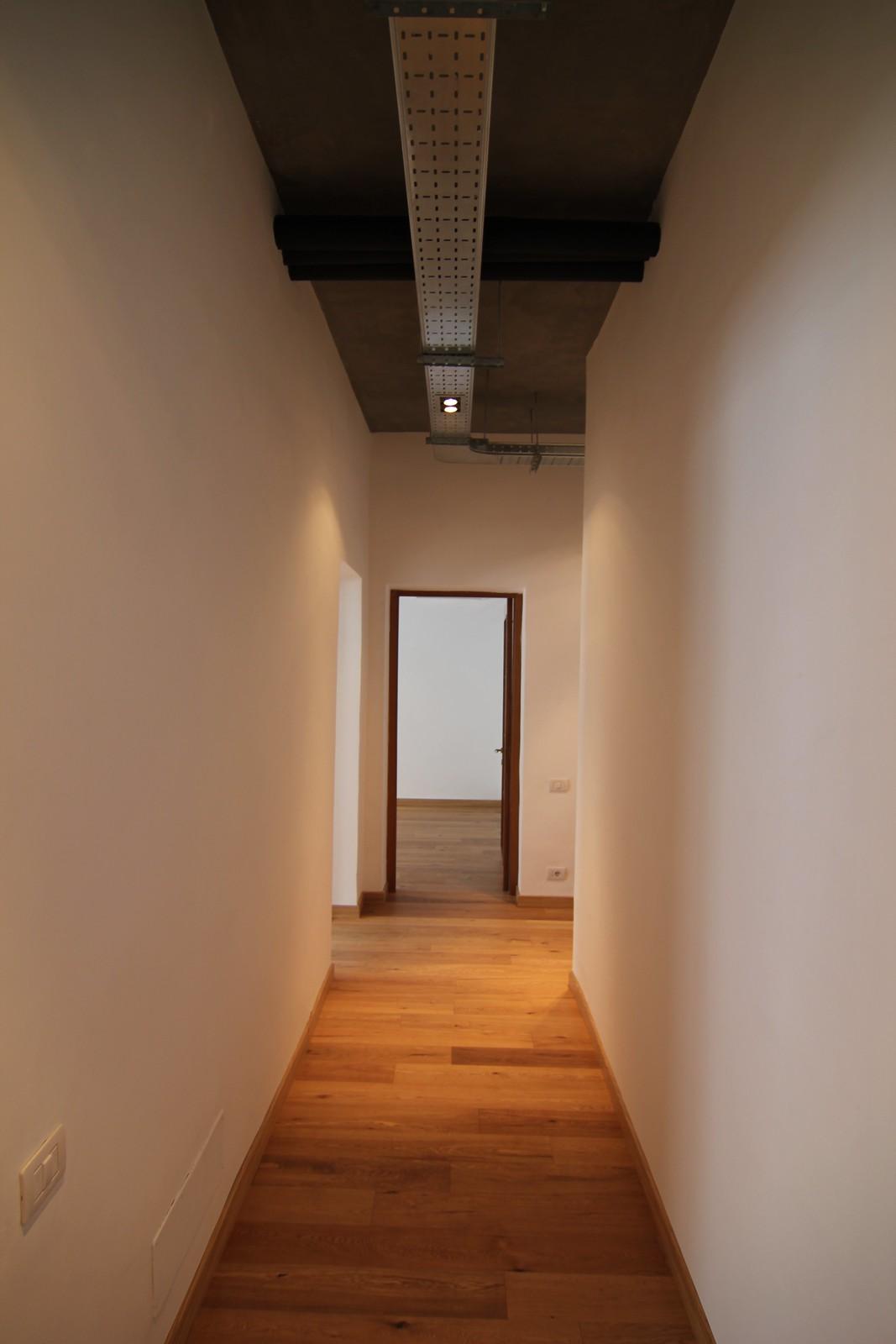 Corridoio di uffici