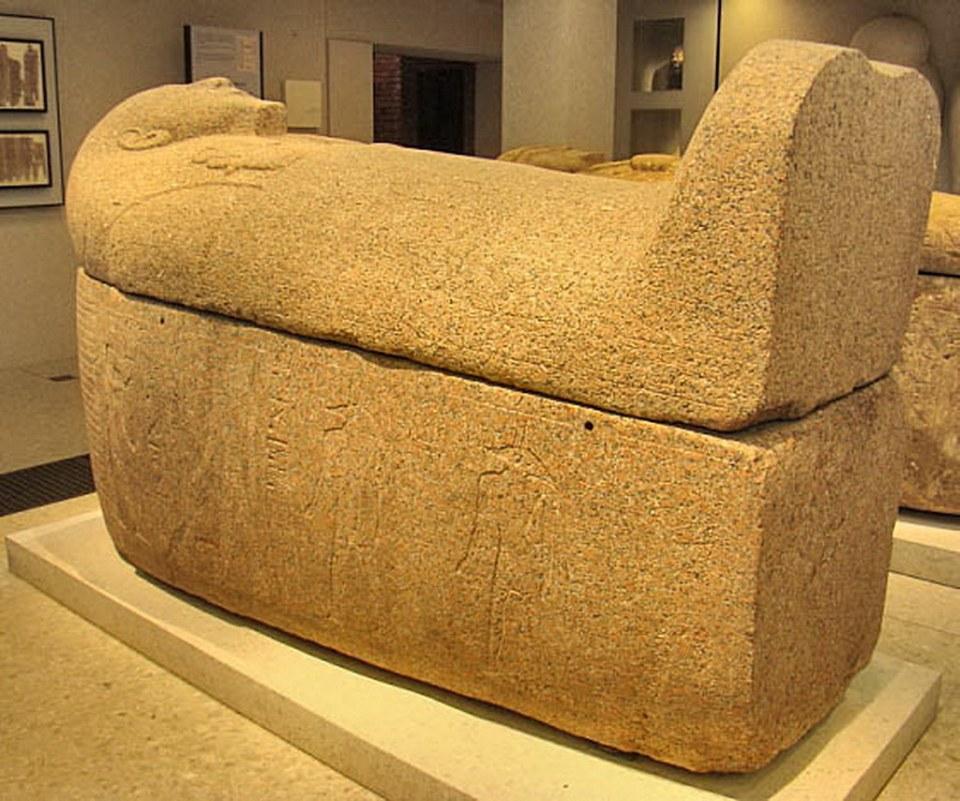 Sarcofagos Museo Nuevo-Berlin Alemania 08