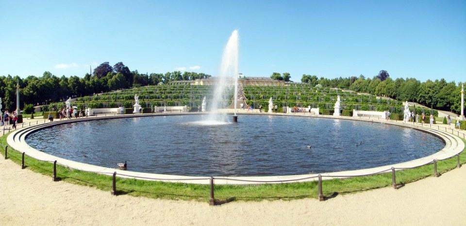 panorámica Gran Fuente Jardines del Palacio Sanssouci Potsdam Alemania 09
