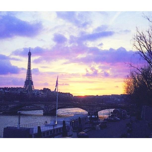 Dusk in #Paris #nofilter needed