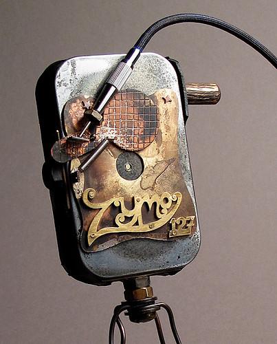 zymo 127 pinhole camera detail