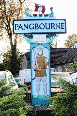Pangbourne Sign