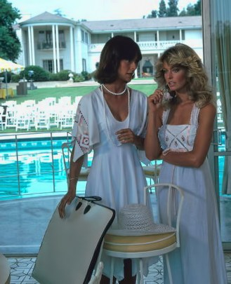 """UNITED STATES - AUGUST 11:  CHARLIE'S ANGELS - Season One - """"Night of the Strangler"""" - 8/11/76 Kate Jackson, Farrah Fawcett  (Photo by ABC Photo Archives/ABC via Getty Images)"""